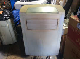 Air conditioning unit in excellent condition