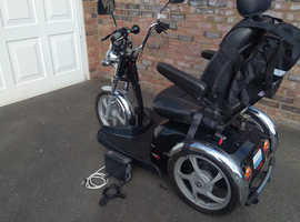 EXCELLENT MOTOR SCOOTER