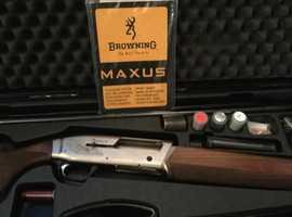 Shotgun 12G semi auto Browning Maxus