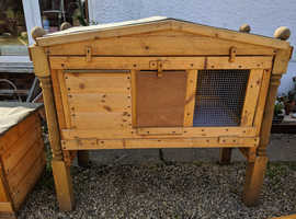 coops/ hutches/ kennels