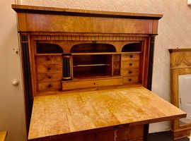 SECRETAIRE circa 1900 , desk , draws , secret draws , original keys.