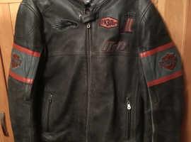 gen   harley davidson                                            gents heavy leather riding jacket size large