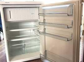 fridge/freezer undercounter