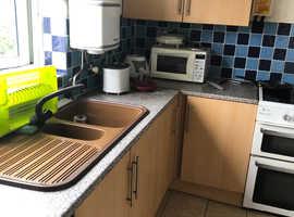 Room / Bedsit to rent in Bedminster