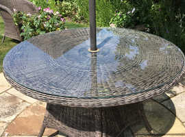 Small Rattan table
