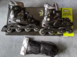 Inline Skates / Roller Blades & Set of pads UK 9-12 (Almost New)