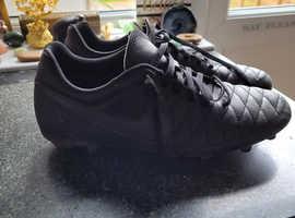 Size 6 black nike studded football