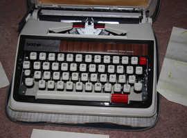 Brother Deluxe 1350 typewriter