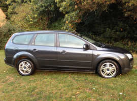 FORD FOCUS 1.6 GHIA AUTOMATIC ESTATE YEARS MOT DRIVES VERY WELL ALLOY WHEELS AIR CON CD CHEAP CAR