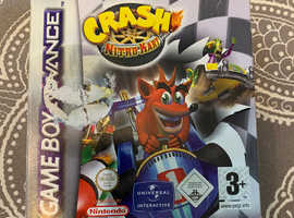 Crash bandicoot nitro kart GAMEBOY ADVANCE