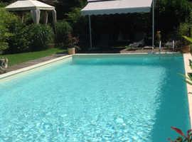 Luxury 17th Century Farmhouse, Large  pool, 3 bedrooms sleeps 6