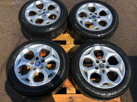 Ford C-Max alloy wheels with tyres