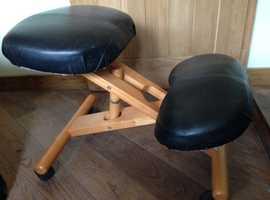 Ergonomic Kneeling Computer Chair