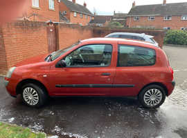 Renault Clio, 2004 (04) Red Hatchback, Manual Petrol, 67,095 miles