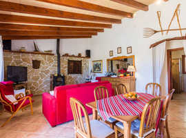 HOLIDAY VILLA FOR FOUR IN POLLENSA FROM 92EUR/NIGHT