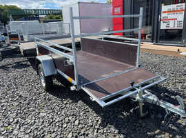 BRAND NEW 6.9FT X 4.3 FT SINGLE AXLE BORO TRAILER WITH WOODEN SIDES, LADDER RACK AND FREE LED LIGHTS 750KG