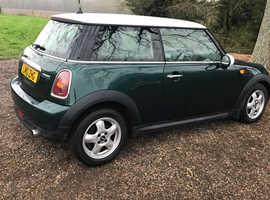 Mini MINI, 2010 (10) Green Hatchback, Manual Petrol, 71,039 miles