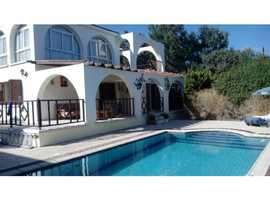 CHARMING 4 BEDROOM VILLA HOLIDAY LET IN SUNNY NORTH CYPRUS