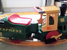 Peg Perego Santa Fe 6V Electric Ride On Train