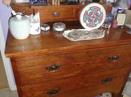 Solid Wooden Vintage Dressing Table