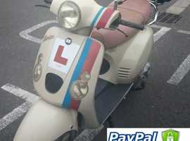 Baotian Vespa type 125cc Motorcycle/Scooter
