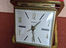 VINTAGE TRAVEL ALARM EUROPA 2 JEWEL FOLDS INTO CASE CLOCKWORK IN WORKING ORDER