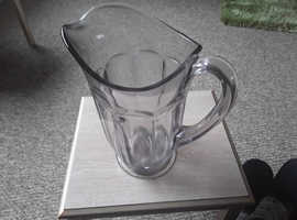 Large thick quality glass  pitcher jug