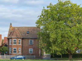 Luxury Guest House/Tea Room & Holiday Cottage for sale Leasehold Near York