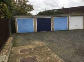 Clean garage to rent in Trumpington
