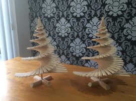 "16"" wooden spiral Christmas trees"
