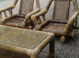 Attractive natural bamboo table and chairs