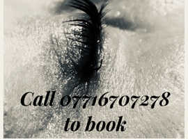 Eye lash extensions, classics and hybrids