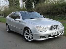 2006/55 MERCEDES-BENZ C180 1.8 KOMPRESSOR SE AUTO COUPE, 12 MONTHS MOT! FULL SERVICE HISTORY! FULL LEATHER!