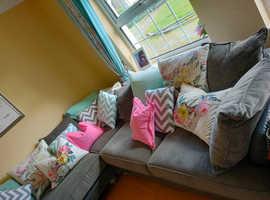 Corner sofa grey velvet velour 2.8m x 2.8 metres extra large designers guide cushions