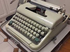 Old Style Type Writer