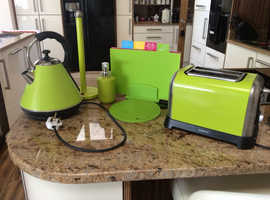Kitchen items, job lot