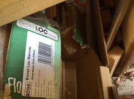 Bargain laminate flooring packs unused 7 packs..