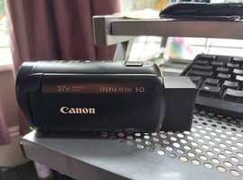 Canon HF R86 Camcorder