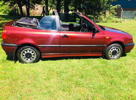 1997 Volkswagen Golf Cabriolet 1.8 Petrol, 11 months MOT drives and looks superb, classic car
