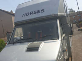4.2t Silver Horsebox '98 plate' 145,000 miles, M.O.T'D until May 2020