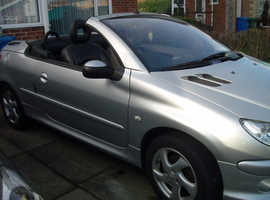 Peugeot 206, 2005 (05) Silver convertable Coupe, Manual Petrol, 59,800 miles