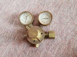 Vintage Brass Carbon Dioxide Regulator Twin Gauges / Oxy Acetylene CO2 Welding
