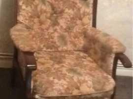 Pair chairs