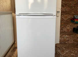 Essentials Fridge/Freezer  C50TW15