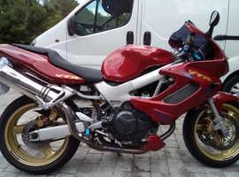 Honda VTR100