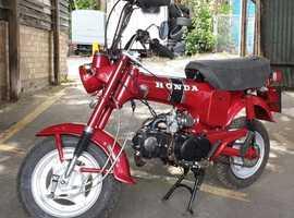 Honda ST70 DAX Monkeybike