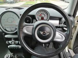 Mini MINI, 2009 (58) White Hatchback, Manual Petrol, 112,500 miles