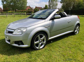 Vauxhall Tigra, 2007 (57) Silver Convertible, Manual Petrol, 47,354 miles Superb cond Full Service History
