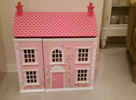 CHAD VALLEY DOLL HOUSE