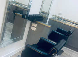 Hairdressers chairs rent